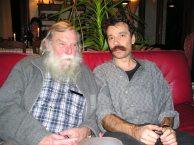 Ghislain et moi-même à mon domicile à Hem en décembre 2003 (avec en arrière plan mon amie Sylviane, compagne de Ghislain)