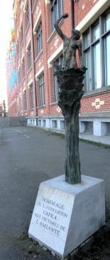 Bourse du travail - Lille - février 2018 - monument pour les victimes de l'amiante -photo d'Eric Dussart