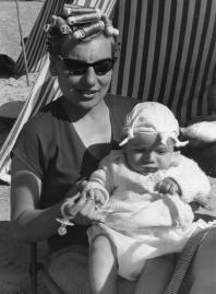 Ginette Dauvillaire-Dussart et Eric Dussart en 1961