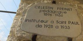 plaque en hommage à Célestin Freinet photographiée le 2 août 2018 lors de mon passage à Saint-Paul-de-Vence