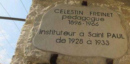 plaque d'hommage à Freinet (St-Paul-de-Vence)