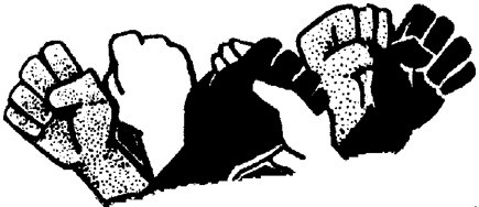 poings-leves-et-poignee-de-mains-solidaire