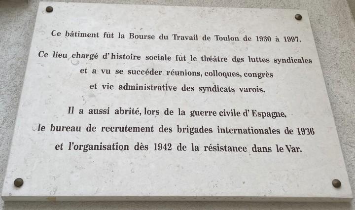 01 - plaque présentant l'ancienne bourse du travail de Toulon